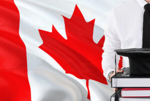کارشناسی در کانادا